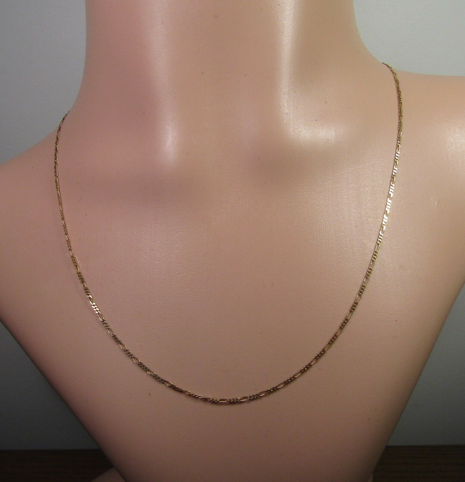 100% Genuine Vintage 9k Solid Yellow gold 1 3 Figaro Flat Style Chain. 45cm
