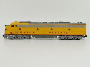 KATO-N-Scale-Union-Pacific-Locomotive-956-E9A-176-5306-TOT1586