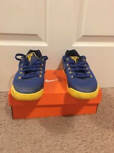e52ec04ad109 Image is loading Kobe-8-basketball-shoes-size-5-Decent-Condition