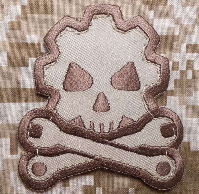 DEATH MECHANIC USA ARMY MORALE TACTICAL MILITARY DESERT ARID HOOK PATCH