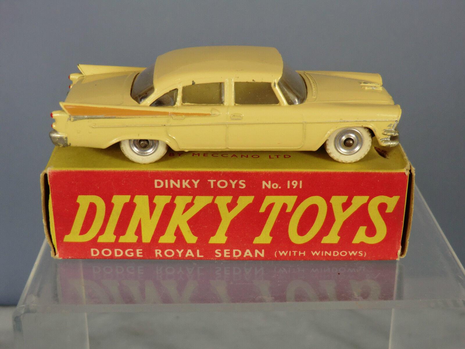 VINTAGE Dinky Toys modello No.191    DODGE Royal BERLINA  VN Nuovo di zecca con scatola 520fa4