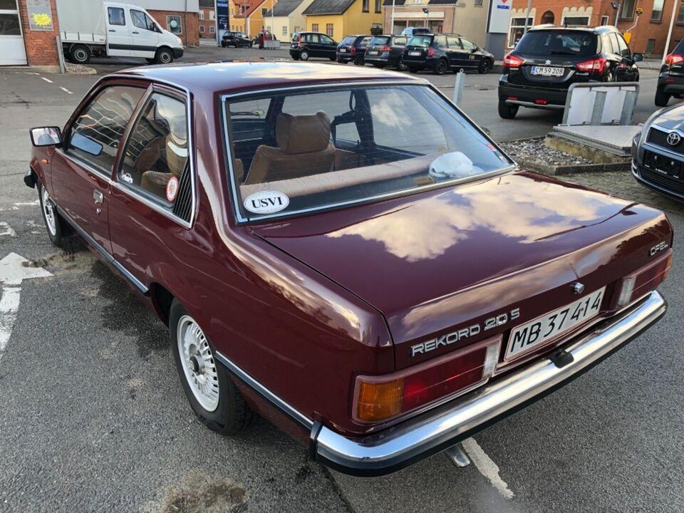 Opel Rekord 2,0 Benzin modelår 1979 km 0 Bordeaux