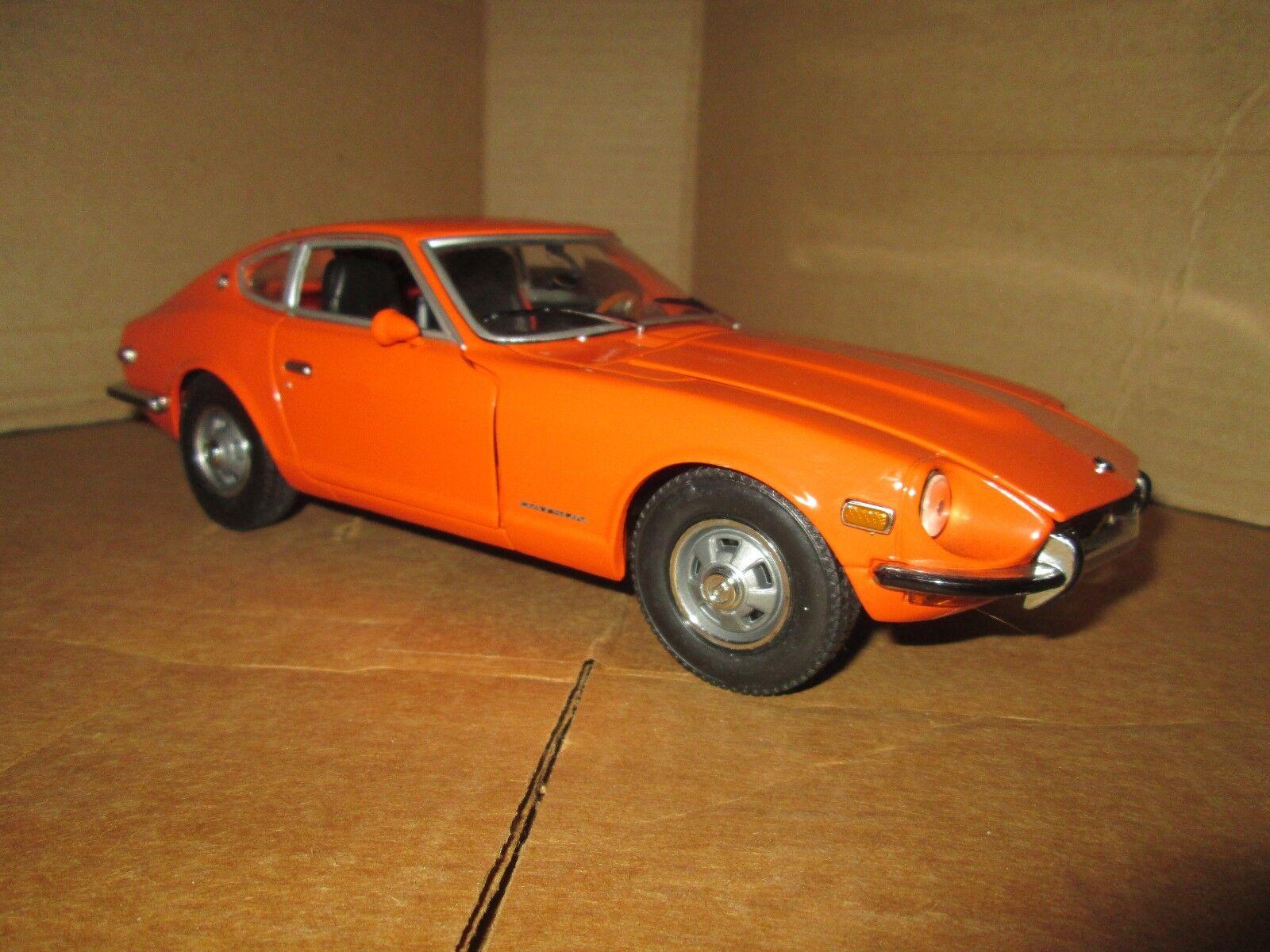 SUNSTAR 1 18 1971 DATSUN 240Z Orange 1 18 Diecast Voiture Modèle Nice détails loose