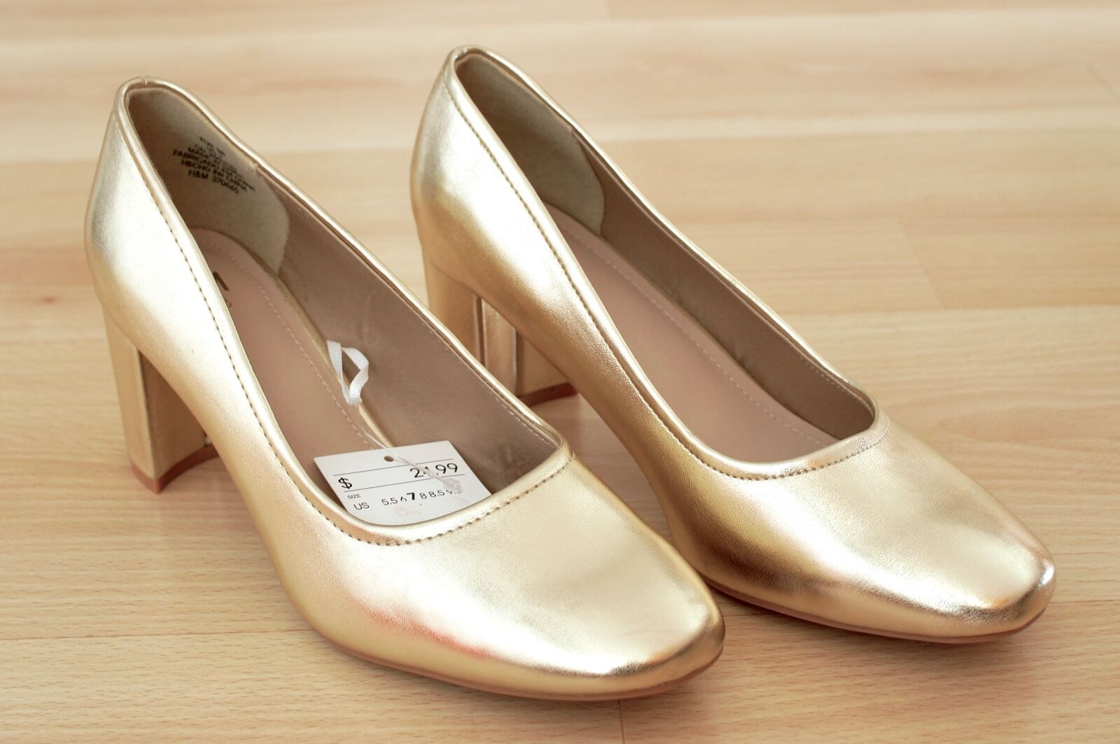 NEW H&M FAUX LEATHER GOLDEN CLASSIC PUMPS ROUND GOLD TIP 9.5 HIGH HEELS GOLD ROUND SHOES HM 24ba74