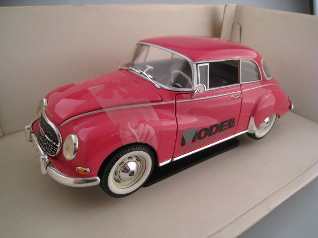 Auto Union 1000 S Coupe Special Model Model Vehicle in Pink Revell 1 18