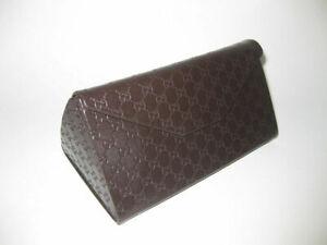 Gucci-sleek-fold-out-sunglasses-Case