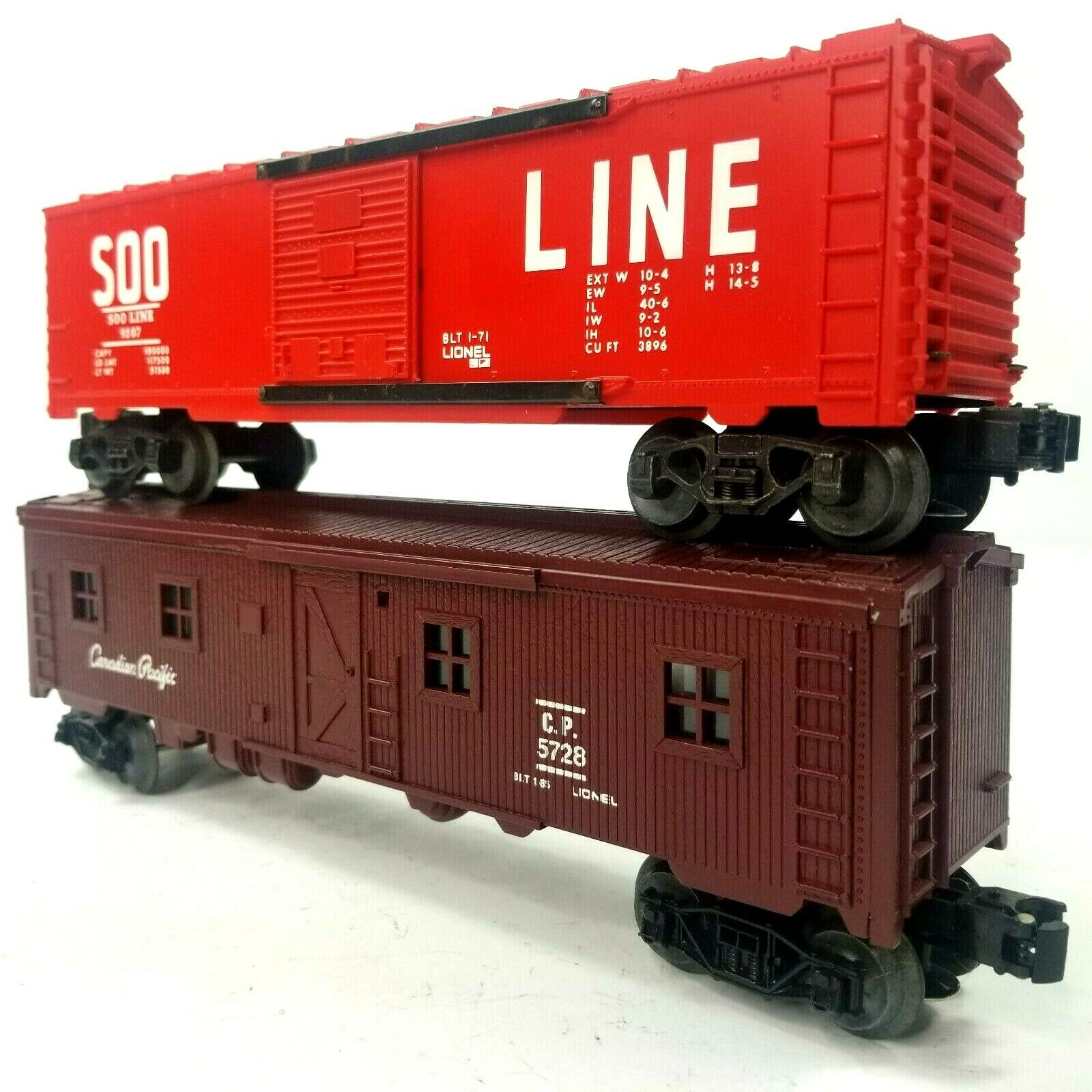Lot of 2 Lionel Boxcars Soo Line 9207 & Canadian Pacific 5728 Trains 0 Scale New