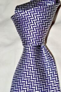 295-NWT-TOM-FORD-Purple-amp-White-Zig-Zag-men-039-s-3-9-034-woven-Heavy-silk-tie-Italy