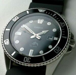 Casio MDV106-1A 48 mm Boîtier Noir en Acier Inoxydable, Bracelet Noir en Résine, Montre pour Homme