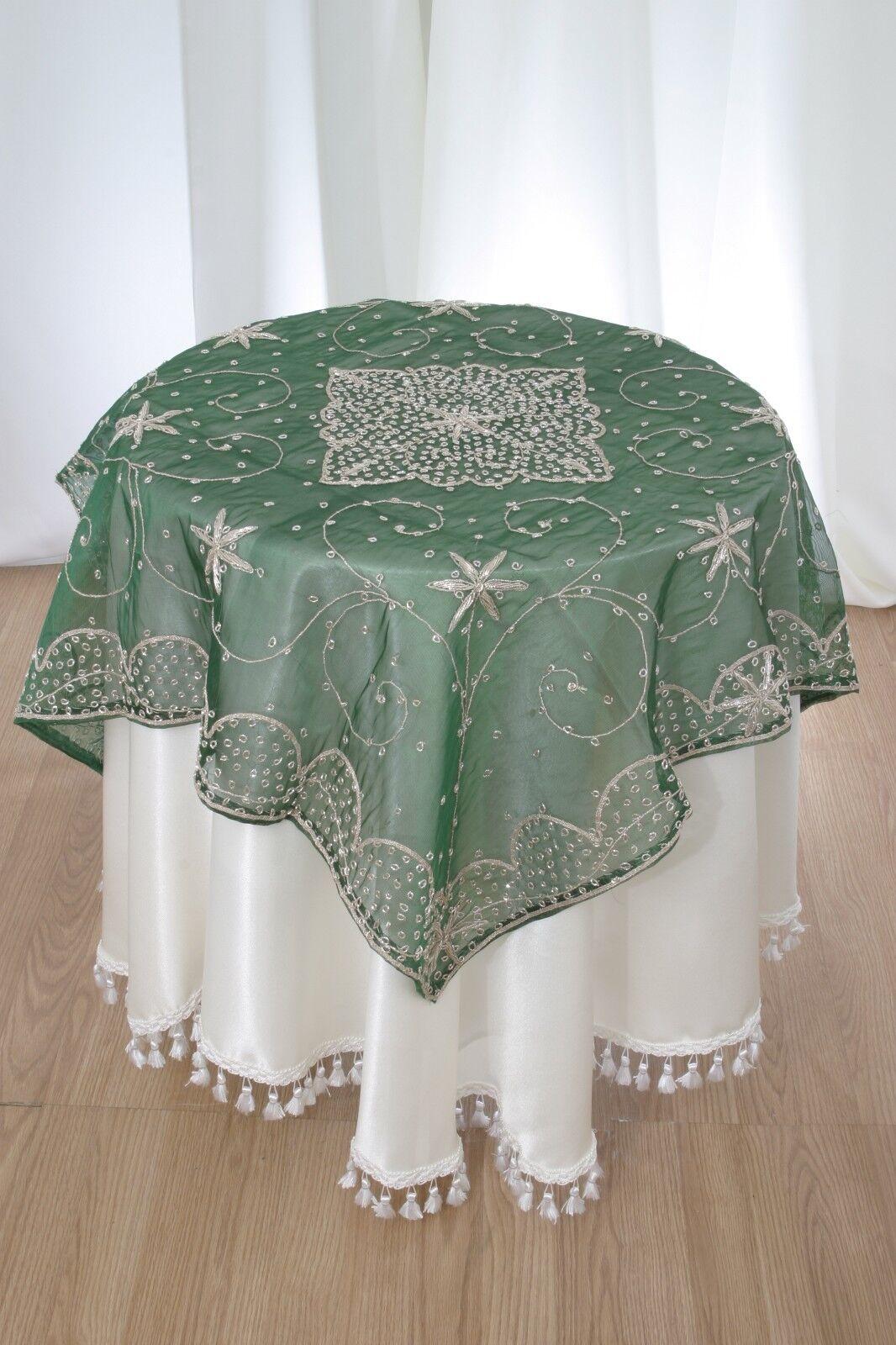 vert Sheer Organza avec fil d'argent de perles Table Topper 60 x60  carré