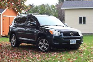2010 Toyota RAV 4 -