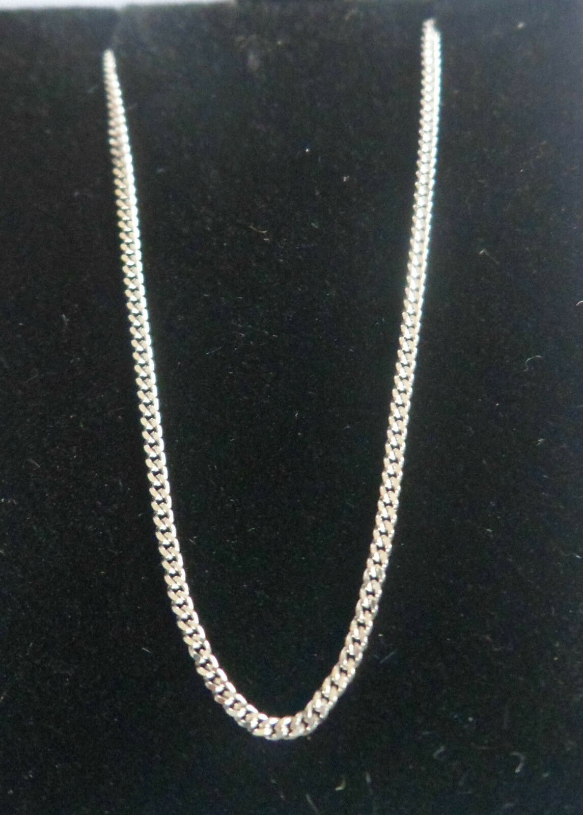 9ct WHITE gold fine STRONG CURB CHAIN 18  Ideal for pendants Spring ring clasp