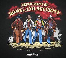 GILDAN - DEP'T OF HOMELAND SECURITY ARIZONA - MEN'S NOVELTY  GRAPHIC T-SHIRT - M