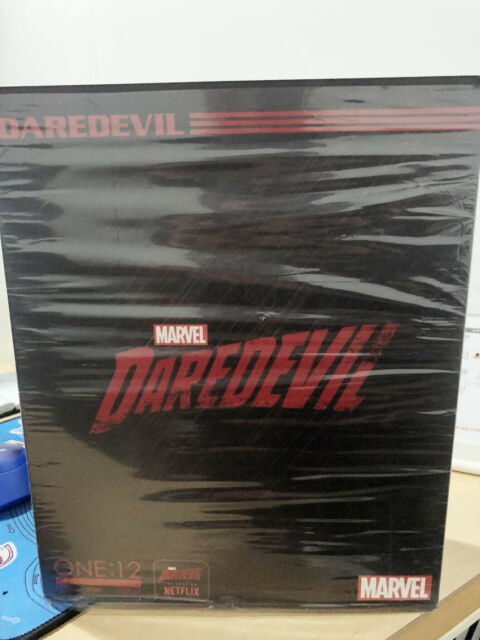 "MEZCO MARVEL LEGENDS MISB DAREDEVIL 6"" FIGURE ONE:12 COLLECTIVE Action Figure"