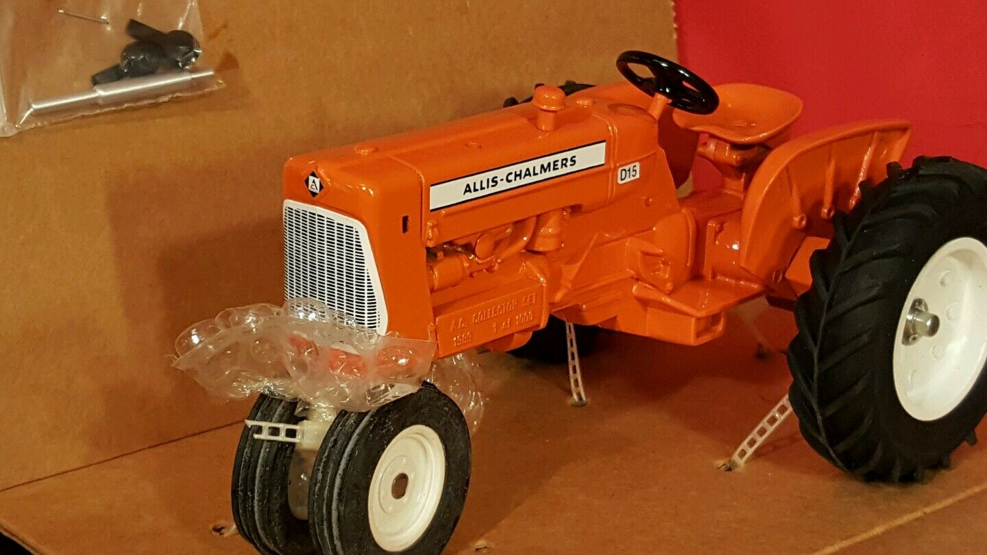 Allis Chalmers D15 NF 1 16 diecast farm tractor replica collectible by Spec Cast