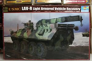 Trumpeter-1-35-Scale-USMC-LAV-R-LIGHT-ARMORED-VEHICLE-RECOVERY-Kit-No-00370