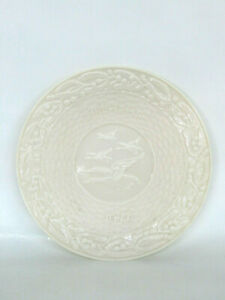 Belleek-Flight-of-the-Earls-Christmas-1972-Irish-Porcelain-Plate-641B