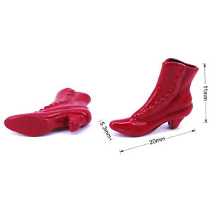 1 Pair 1:12 Dollhouse Miniature Accessories Red High-heeled Shoes Princess Y WH