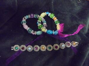 Nice-Set-of-3-assorted-colors-and-style-Fashion-Jewlery-Bracelet-2