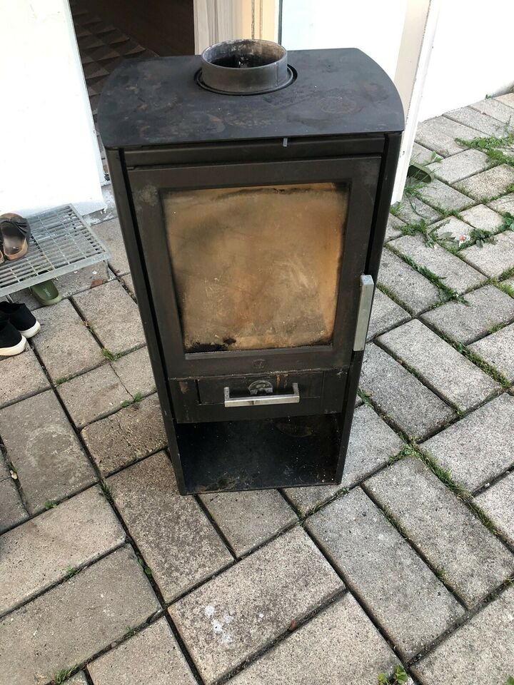 Brændeovn, Varde ovne