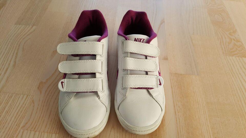 Sneakers, str. 37, Nike