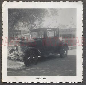 Vintage-Car-Photo-Model-T-Ford-Relic-at-Roadside-Hamburger-Stand-669500
