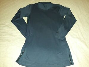 Nike Women's Dri-Fit Gray Long Sleeve Pullover With Arm Media Pocket Sz Sm