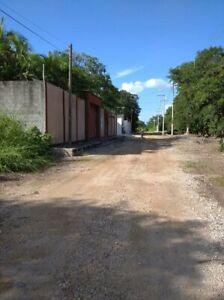 Atractivo terreno, totalmente bardeado, Cholul Mérida, Yucatán