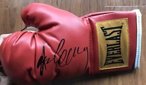Gerry-Cooney-Signed-Everlast-Boxing-Glove-With-Proof