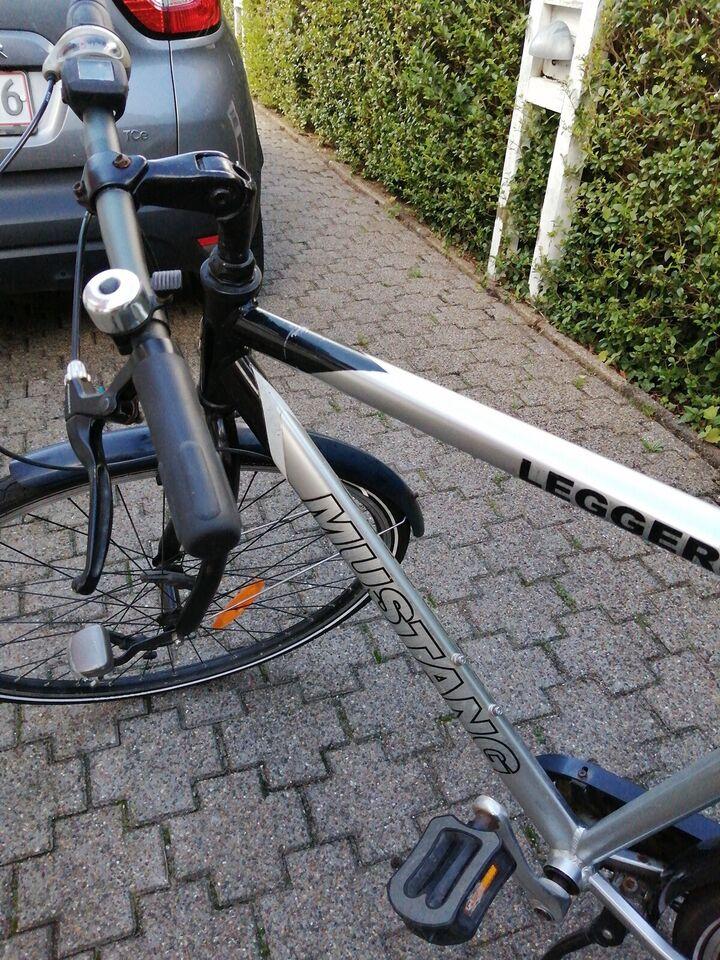 """Citybike, Herre cykelMustang, damecykek: ebsen 58"""" og 52"""""""