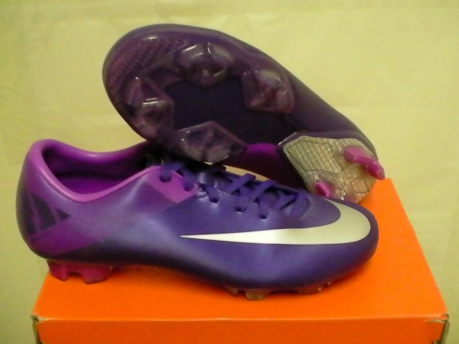Nike mercurial miracle ii fg soccer shoes size 10.5 us purple