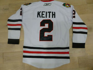 white duncan keith jersey