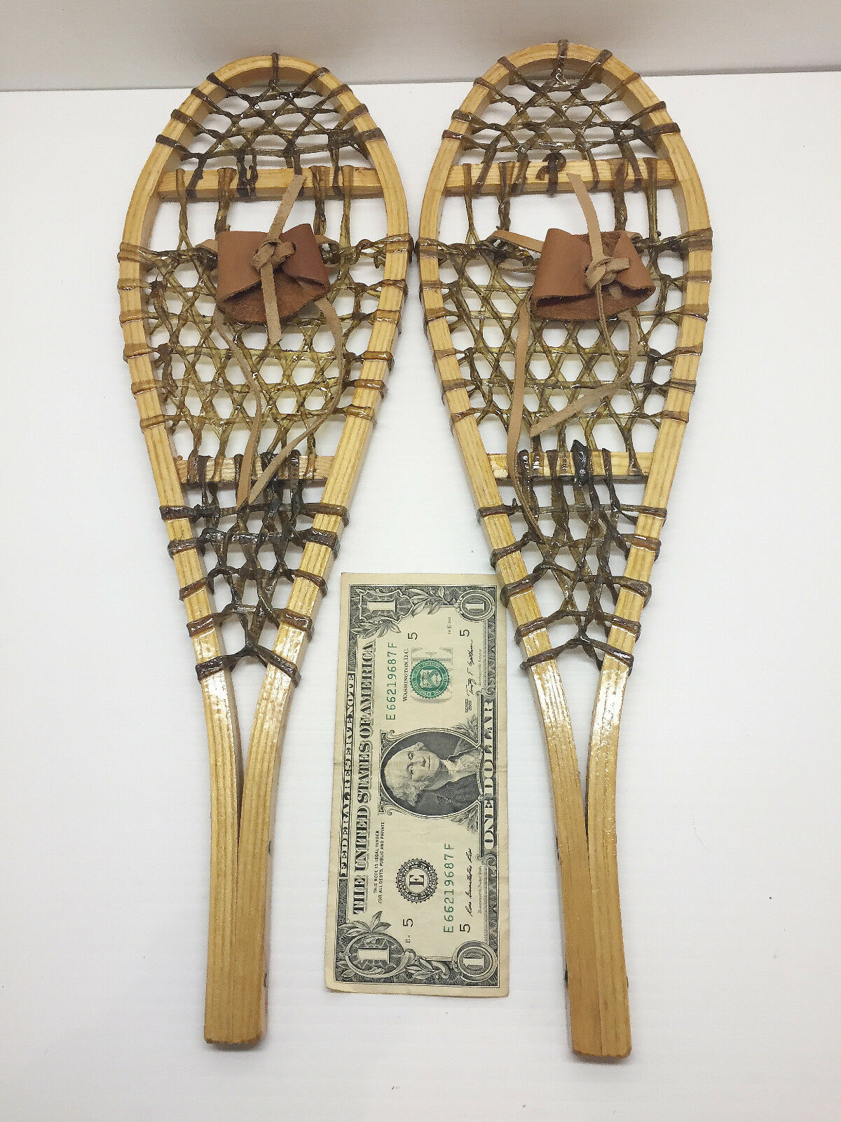 Old Antique Vintage Rare Miniature Indian Handmade  16  Snowshoes Free Shipping    reasonable price