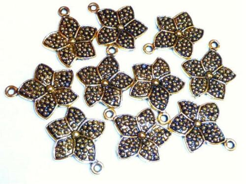 C118...PACK OF 20 ANTIQUED GOLD PLATED CHARMS FLOWER 20mm