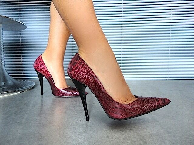 MORI MADE IN ITALY POINTY HIGH HEELS PUMPS SCHUHE LEATHER DECOLTE BORDEAUX 36