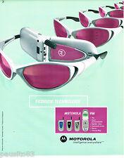 PUBLICITE ADVERTISING 065  2001  MOTOROLA  FASHON TECHNOLOGY  téléphone portable