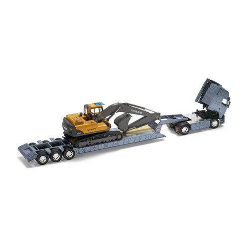 HO Scale Low Loader with Excavator