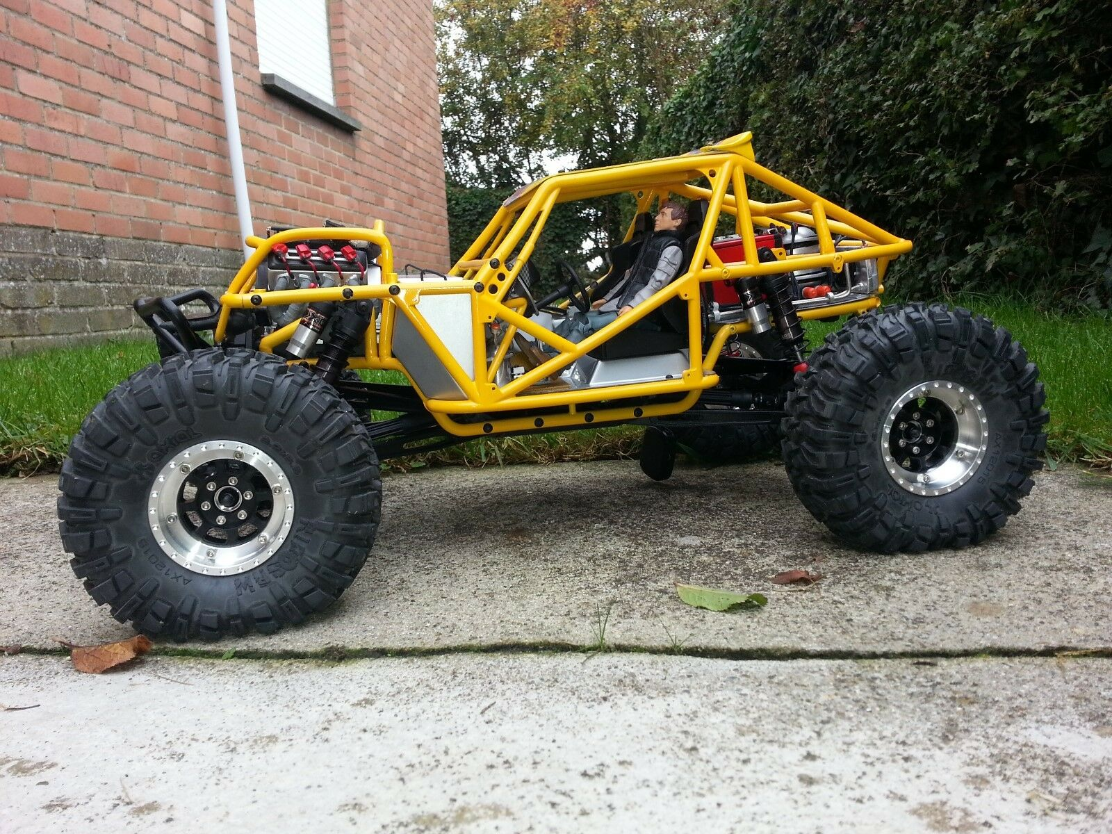 Scale crawler Axial 1 10 Wraith MFP mad max