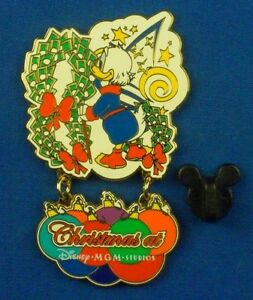 Scrooge Mcduck Christmas.Details About Scrooge Mcduck Christmas At Disney Mgm Studios Dangle Le Disney Pin 17944