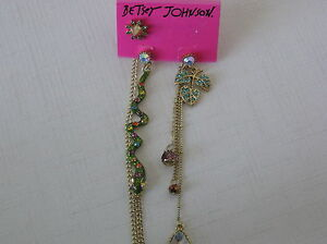 Betsey-Johnson-Gold-Tone-Gold-Tone-Snake-and-Leaf-Mismatched-Earrings