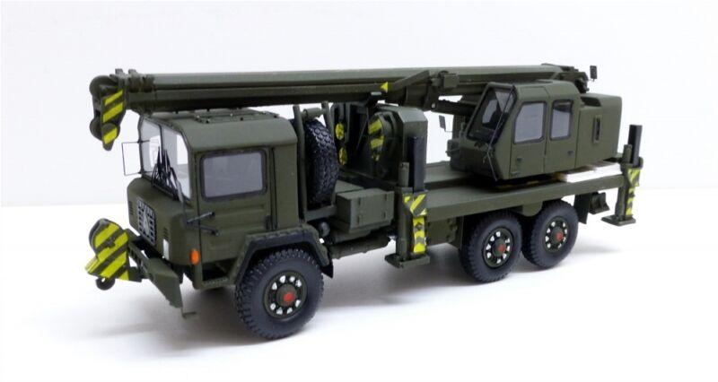 Saurer 10 DM Crane Gottwald  Swiss Army  (Tek Hoby 1 87   8705)
