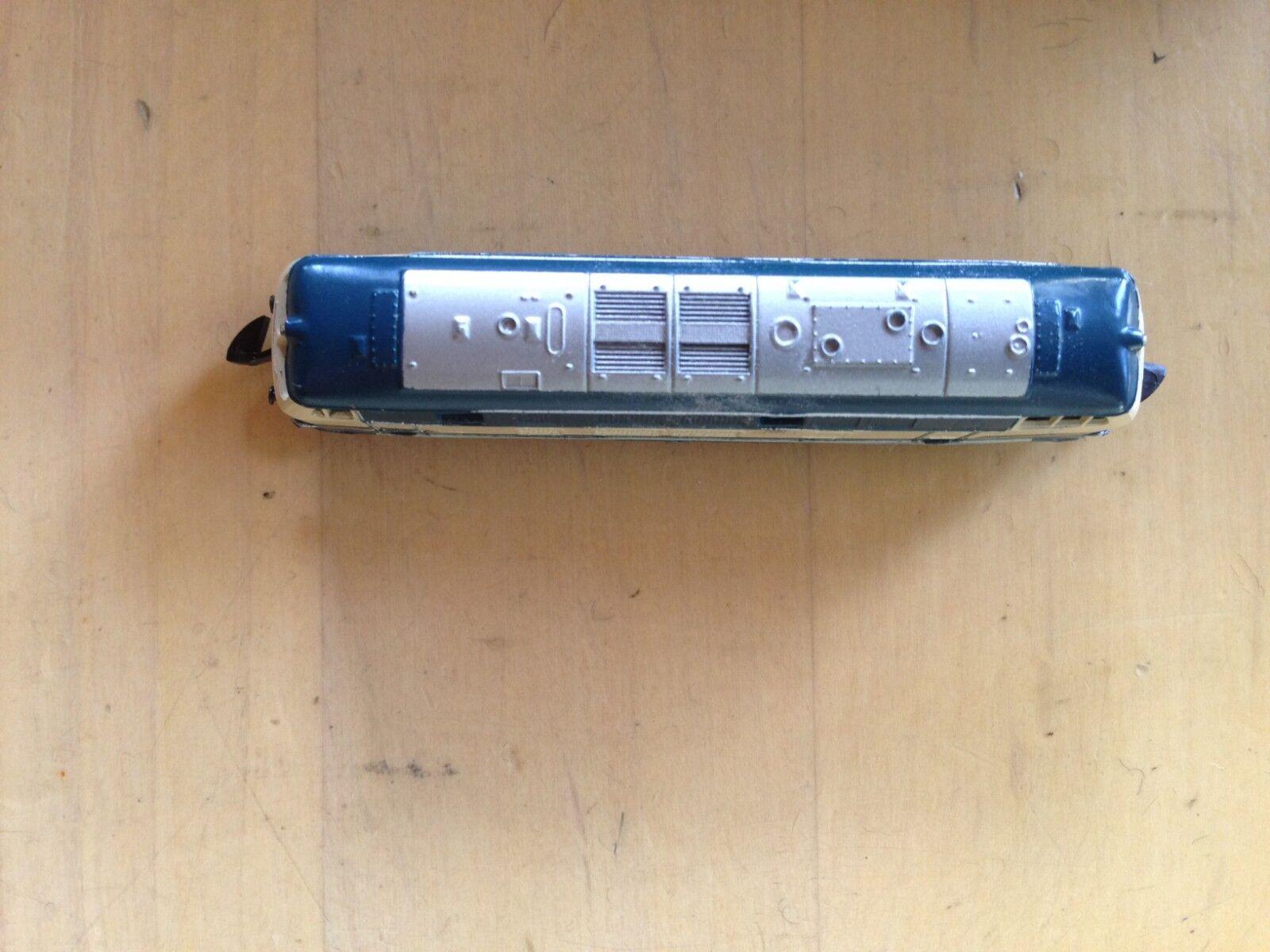 Marklin 8874 Mini-Club DB 216090-1 216090-1 216090-1 Z-Scale Locomotive 4ff29f