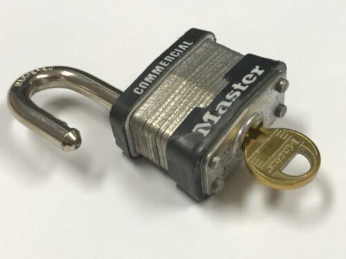 MASTER LOCK COMMERCIAL USE MAXIMUM SECURITY-PADLOCK E1040