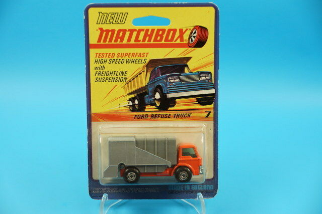 Matchbox Superfast No. 7 Ford Refuse Truck-Blank on Blistercard (d342