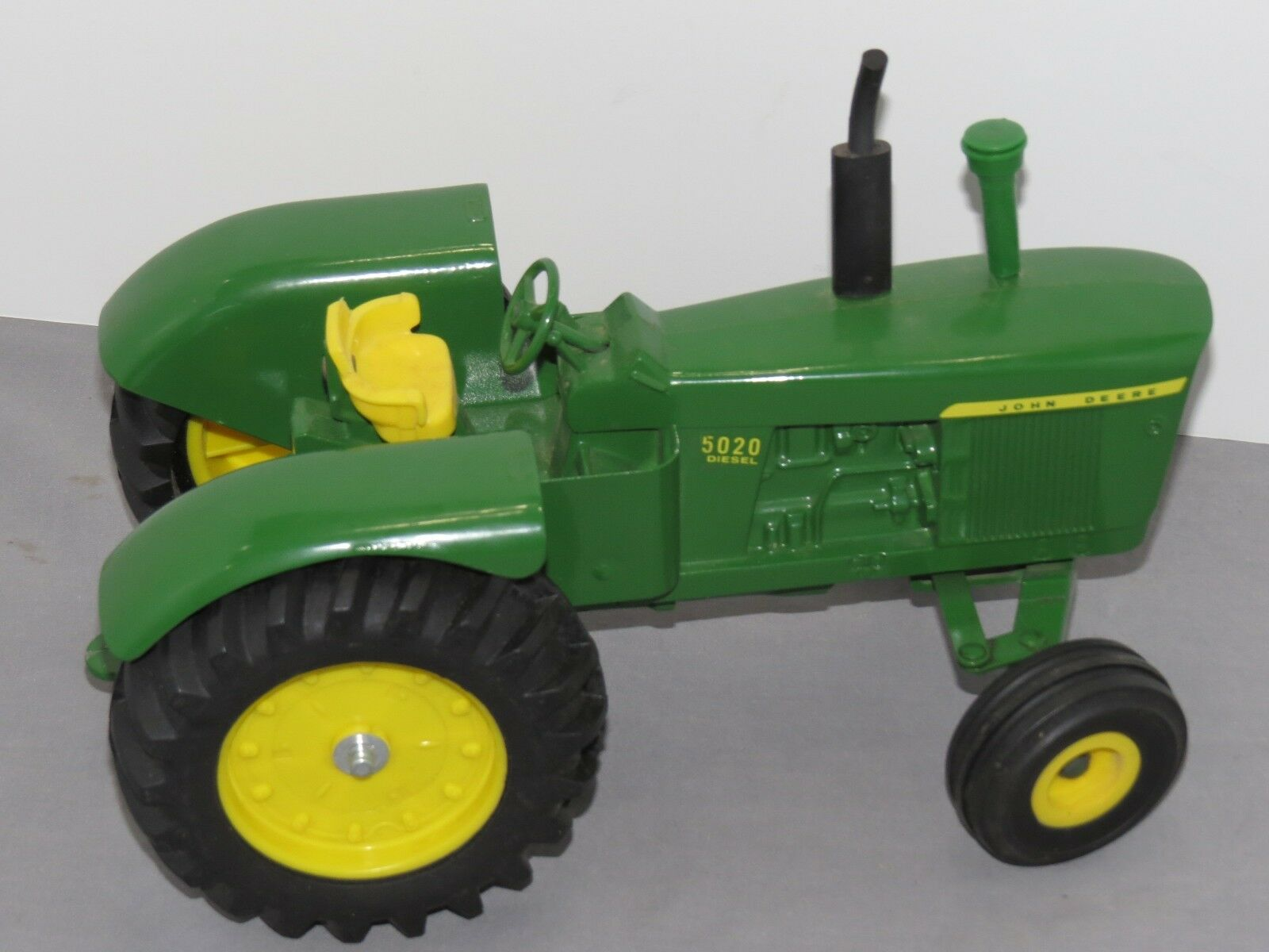 Vintage John Deere 5020 Toy Tractor 1 16 scale with Air Cleaner rare