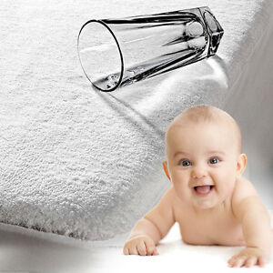 Neu-Wasserfest-Baby-Kinderbett-Krippe-Matratzenauflage-Laken-Waschbar-140x70-Cm