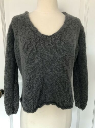 DONNA KARAN Chunky Knit Cropped Sweater Black Labe