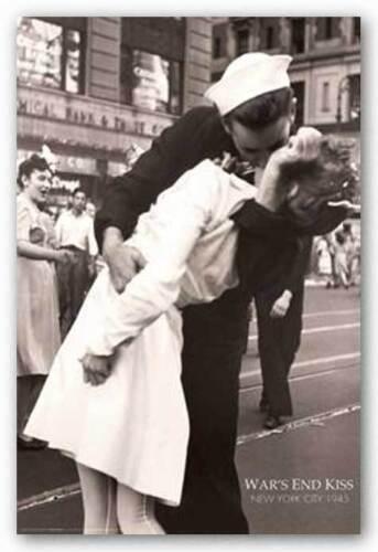 Victor Jorgensen HISTORY POSTER New York War/'s End Kiss Lt