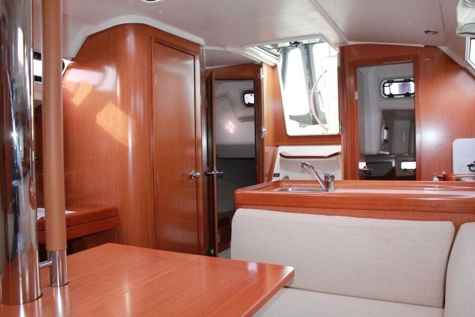 Beneteau Oceanis 34 - SOLGT/SOLD, årg. 2009, fod 34