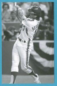 Keith Hernandez (1986) New York Mets Vintage Baseball Postcard PP01316